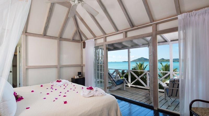 Deluxe Cottage - Cocobay Resort